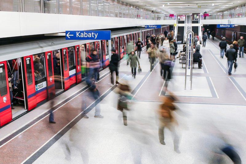 metro-1662163_1280
