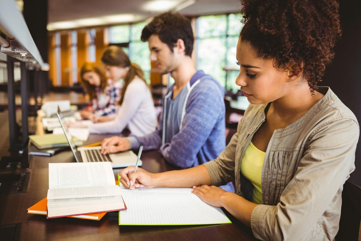 tax papers for college students About student tax forms - 1098t below are some common questions and answers regarding the 1098-t, which the university sends to students.